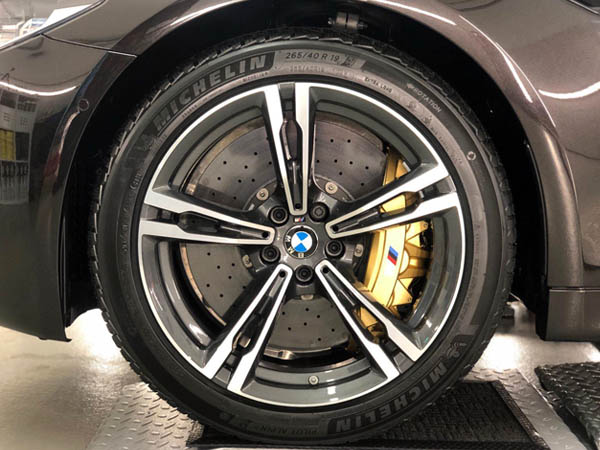NCP9H Rot - Bremssättel, NCP9H Gold - Felge